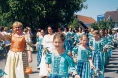 Schillertswiesen 2002 Festdamen